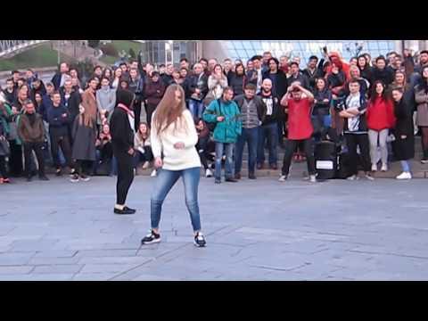 Танцевальный батл Киева.  Победа местного бомжа)))  Dance Battle of Kiev. Victory homeless)))
