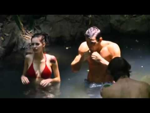 Mark Wright & Emily Scott flirting in the Jungle