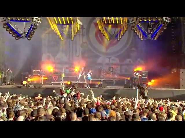 Enter Shikari - Juggernauts [live at Download 2013]