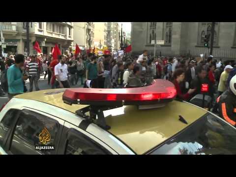 Brazillian subway workers postpone strike