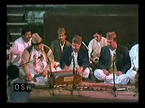 Nusrat Fateh Ali Khan Qawwal - Kamli Wale Muhammad - 1
