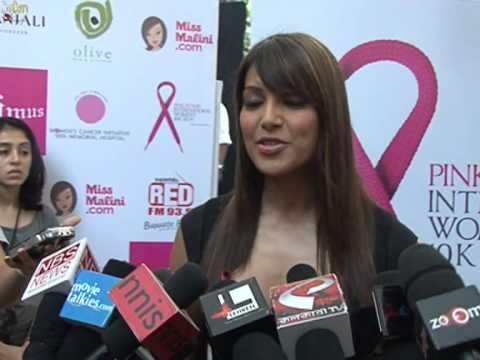 Mumbai runs for Breast Cancer Awareness