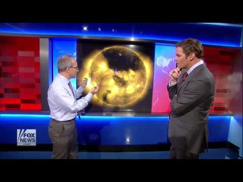 Signs in the Sun : Massive Black Coronal Hole on Sun's North Pole discovered by NASA (Jul 30, 2013)