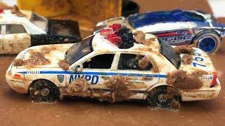 Carros Policías para Niños Atrapados en el Lodo - Police Cars for Children - Coches Infantiles