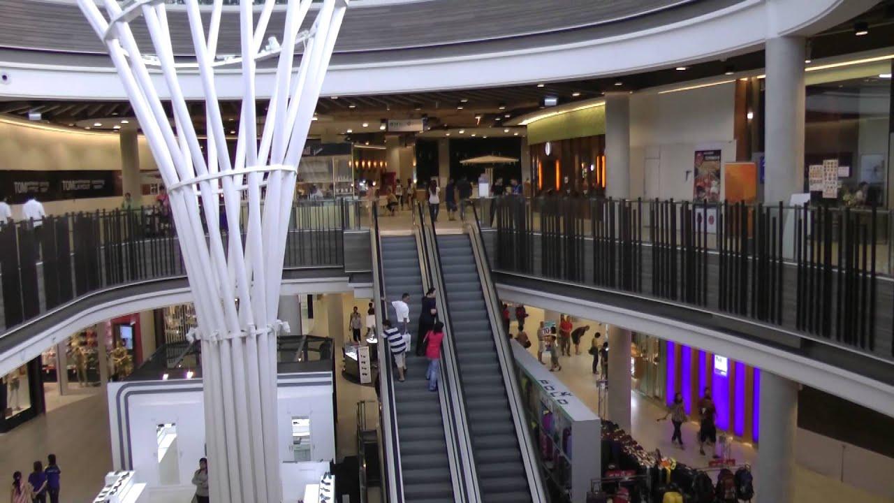 Season fashion mall chiang mai 83