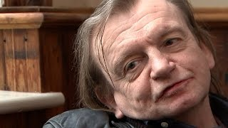 Mark E Smith on music, politics and refugees