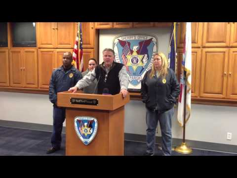 La. fire chief, firefighter arrested in drug investigation
