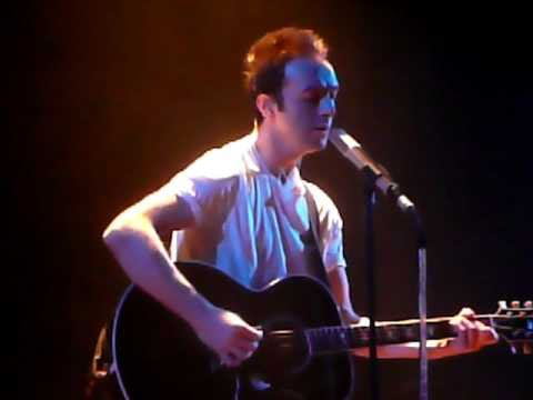 Glasvegas - A snowflake fell (and it felt like a kiss) (acoustic)