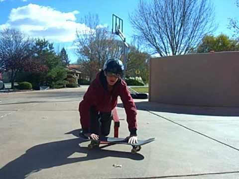 How to boardslide with Melvin the nerd