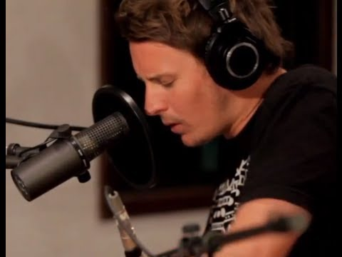 Ben Howard Performing depth Over Distance On Kcrw video