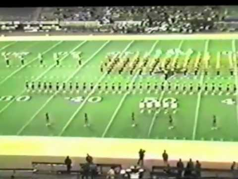 1982 Nacogdoches High School Twirler Routine Texas Stadium -Wabash Cannonball