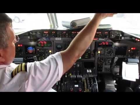 Quick visit to the cockpit of Delta Airlines flight 1827, McDonnell Douglas MD-90, in Atlanta after a flight from Ft. Lauderdale. Here what the Captain has t...