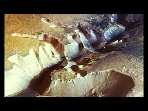 HUGE! NASA Scientists Have Discovered Flowing Water On Mars