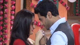 Viplav and Dhaani Are Romancing In Basti | Ishq Ka Rang Safed | 17th August 2016 Full Episode