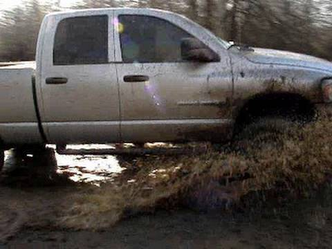 HONDA PULLS OUT DODGE 4x4 Diesel Crew Cab Mud Truck