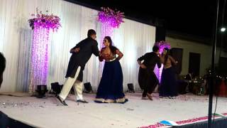 Wedding Group dance kisi disco mein jaye