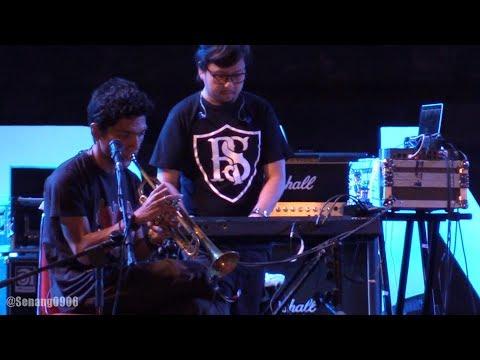 Cover Lagu Payung Teduh - Akad @ Prambanan Jazz 2017 [HD]