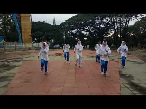 Kelompok 3 kelas 9E penjas SMP PGII 2 Bandung