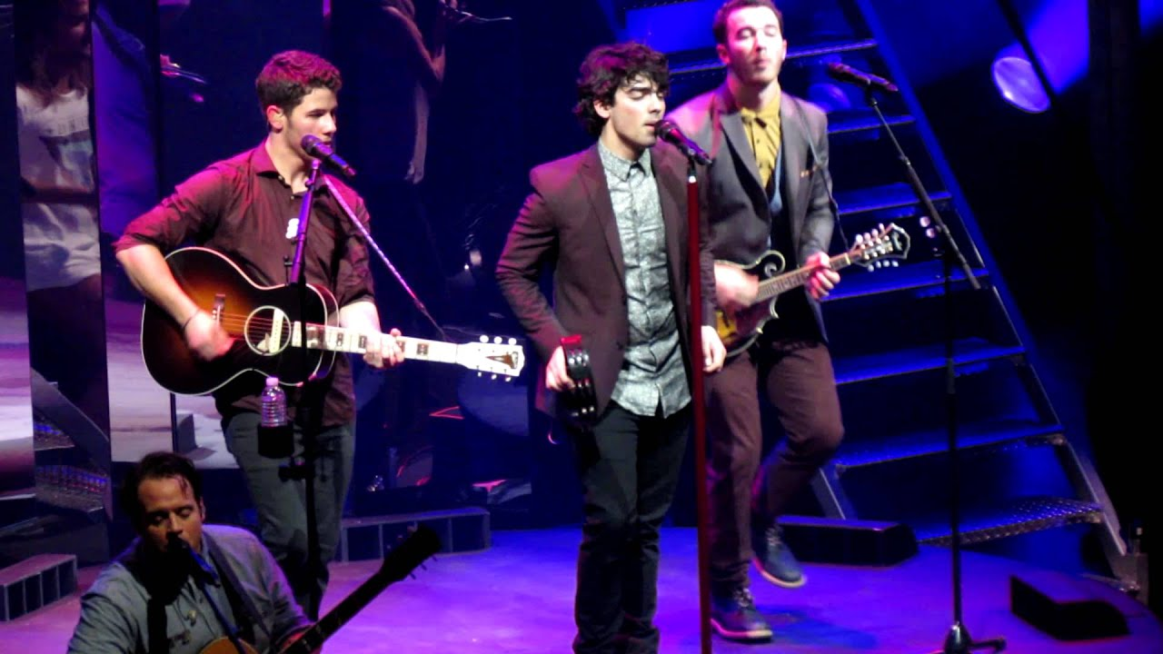 Jonas Brothers Pushing me Away Pushing me Away Jonas