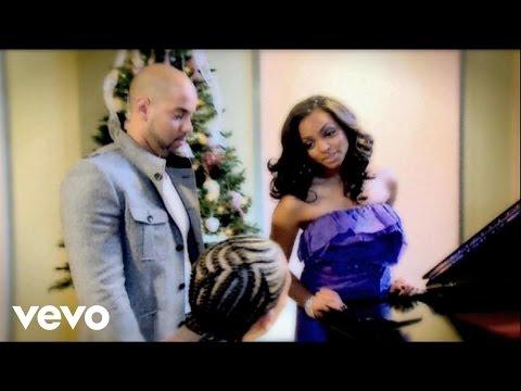 Xtreme - Devuelveme La Navidad feat. Carlos Y Alejandra