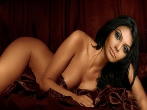 Sherlyn Chopra Shy To Show Off Her Curves At Cannes