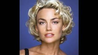 Bombshell Kelly Carlson Talks Vanity & Pushing the Envelope