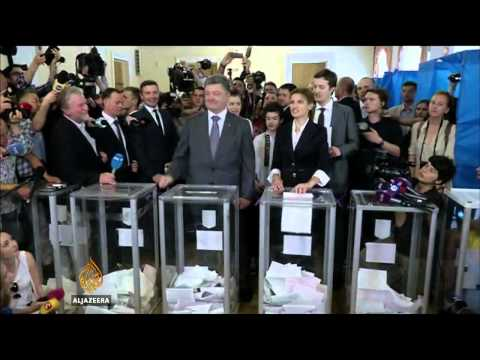 Poroshenko claims victory in Ukraine election