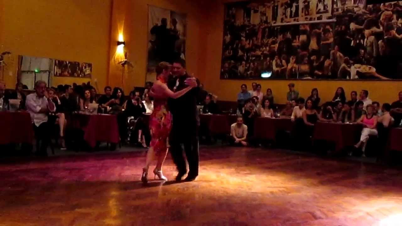 Ricardo calvo y sandra messina exhibicion de tango for A puro tango salon canning