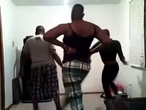 3 Gay Guys Dancing