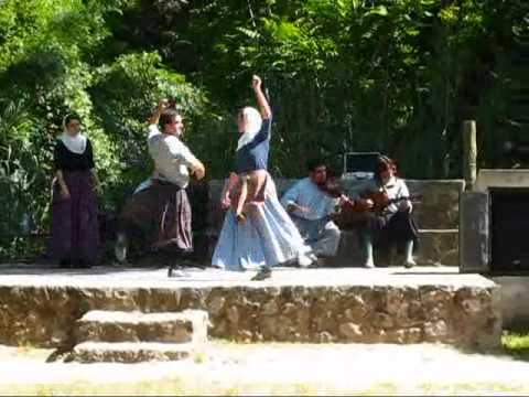Mallorca Travel: Authentic Folk Dance @ La Granja