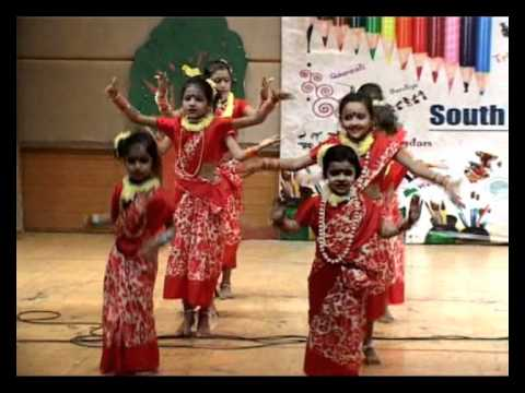Bengali Dance Performance By Girls Of South End Public School At The Annual Day Colors video