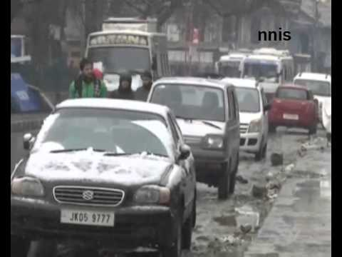 Snowfall Contnues In Kashmir Valley