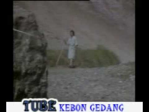 Kiamat Roma Irama Sountrack Film Gitar Tua video