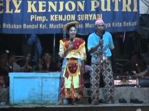 Topeng Betawi Kenjon Ely Sumber Jaya video