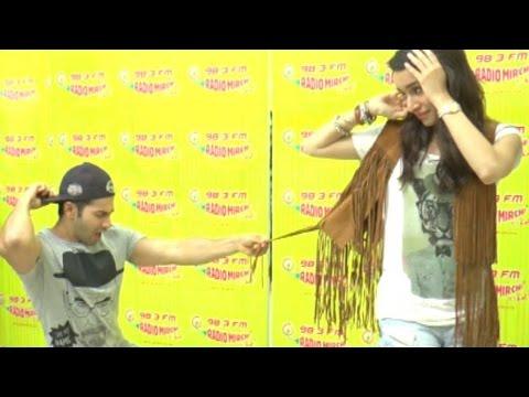 Varun Dhawan And Shraddha Kapoor's Non Stop ABCD 2 Dance At Mumbai Radio Stations