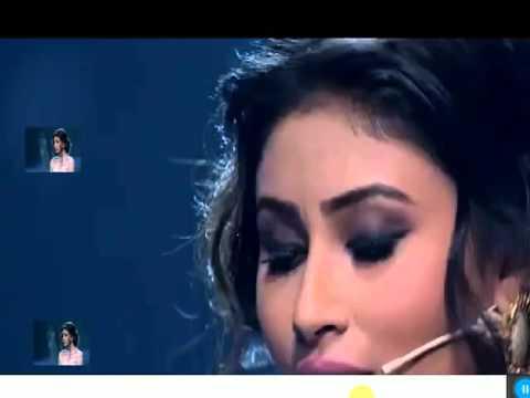 mouni roy singing teri galliyan at india's got talent season 6