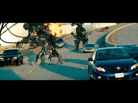 Transformers 3 Fight Scene - Highway Chase - Full Hd video