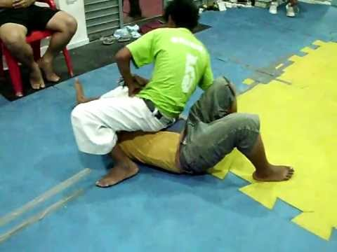 Muchik Training Center - MMA / Lucha Submission - Jiju-jitsu Image 1