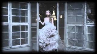 Watch Taylor Swift Enchanted video