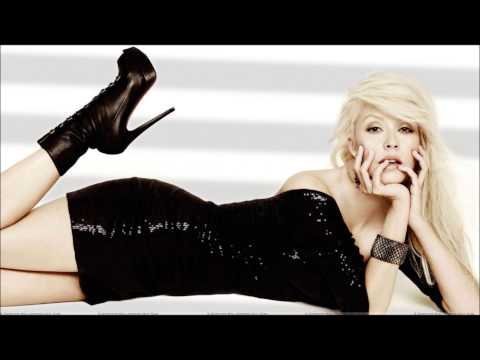 Christina Aguilera- Keeps Gettin&#039; Better