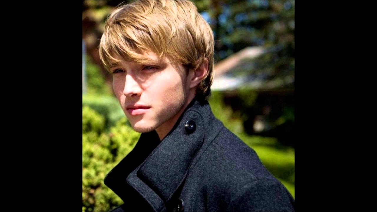 Sterling knight nudity porno scene
