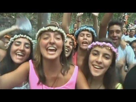Rio de Janeiro kicks off world famous Carnival