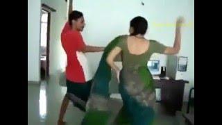 Hot indian aunty lungi dance