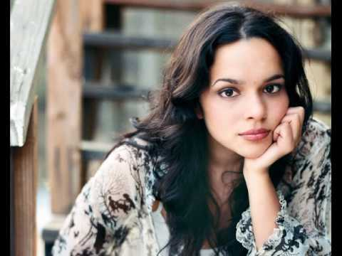 Norah Jones - Peace klip izle