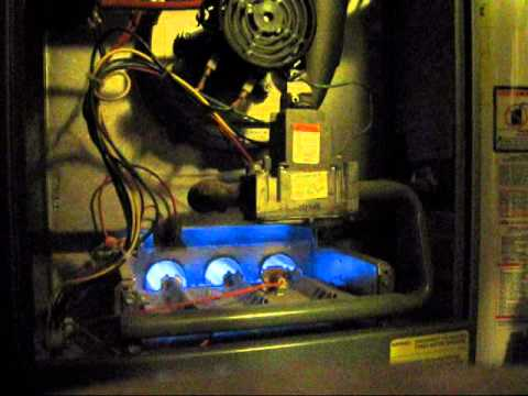 Rheem Criterion 2 Gas Furnace 75 000btu Youtube