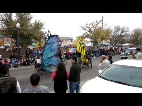 Artwalk 2012 Parade in Alpine, Texas