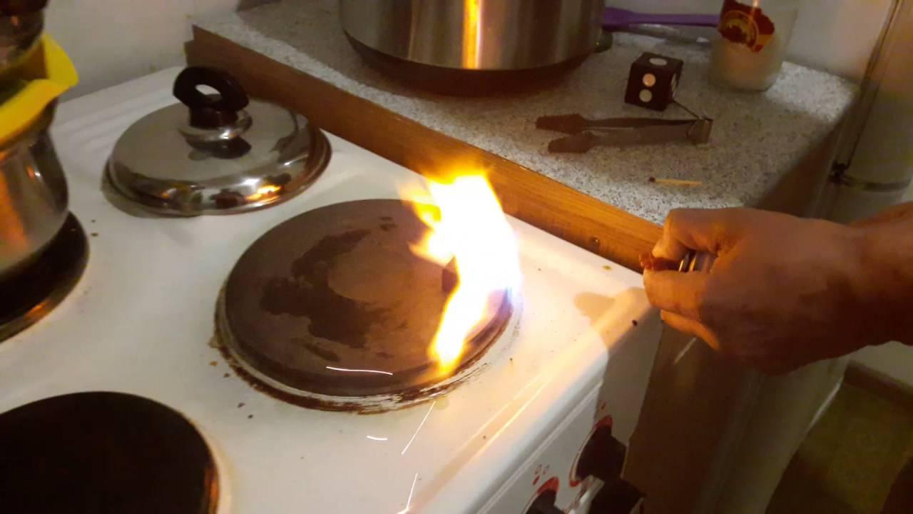 Как разжечь угли для кальяна в домашних  898