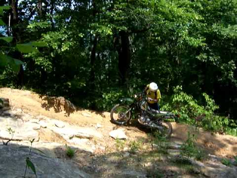 Super Sherpa on a jeep trail in western NC dirtbikewnc.com Video