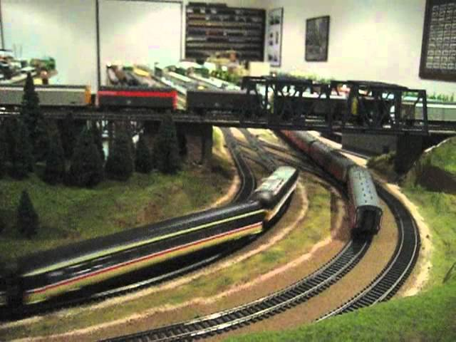 Bristish Rail 1990s InterCity Electric Hornby Model Train Layout Part 21