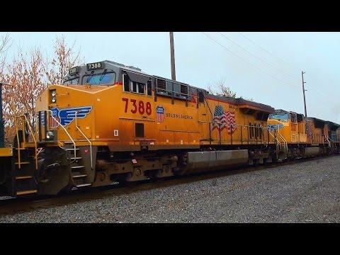 Railfanning Highlights of 2013 Part 10: Epic Lashups, Special Chases, River Line Action & More!